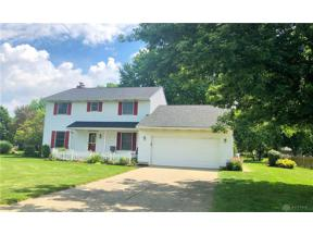 Property for sale at 2305 Rockingham Drive, Troy,  Ohio 45373