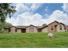 Property for sale at 2919 Stonewall Drive, Beavercreek,  Ohio 45434