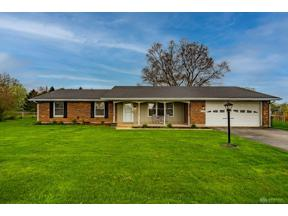 Property for sale at 3769 Springfield Jamestown Road, Springfield,  Ohio 45502