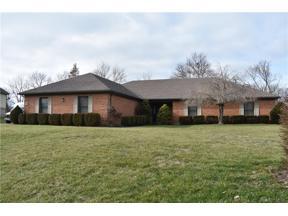 Property for sale at 3925 Eagle Point Drive, Beavercreek,  Ohio 45430