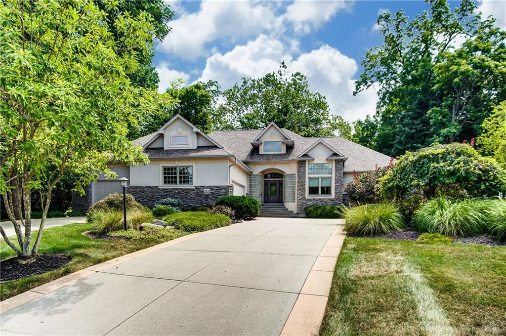 Photo of home for sale at 9824 Creek Bend Way, Washington Twp OH
