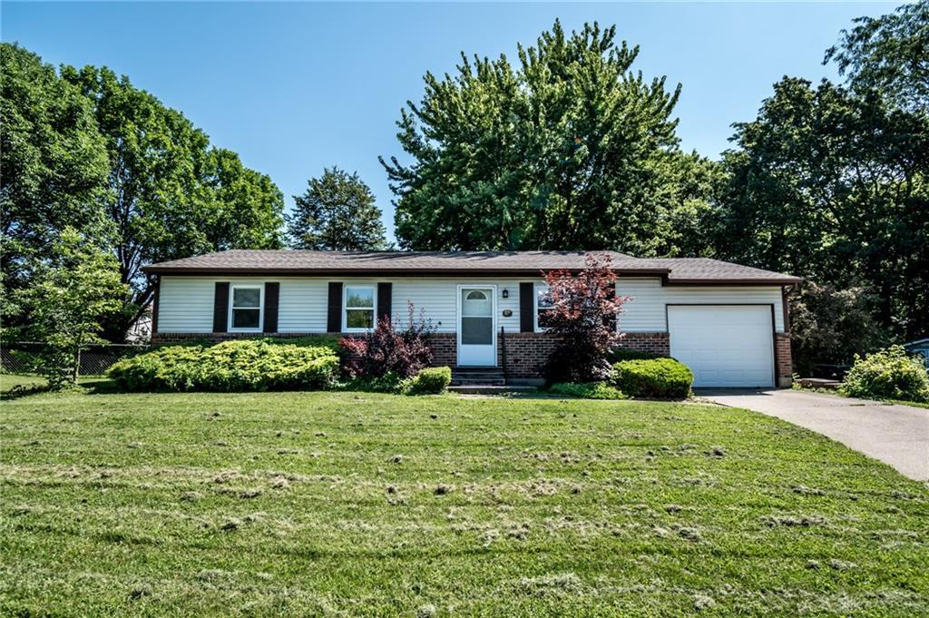 Photo of home for sale at 932 Brookside Avenue, Lebanon OH