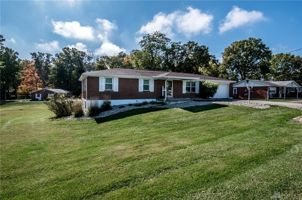 Photo of home for sale at 2461 Route 22 & 3, Deerfield Twp OH
