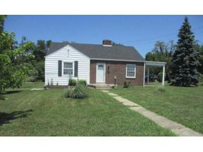 Property for sale at 913 Stanley Street, Middletown,  Ohio 45044