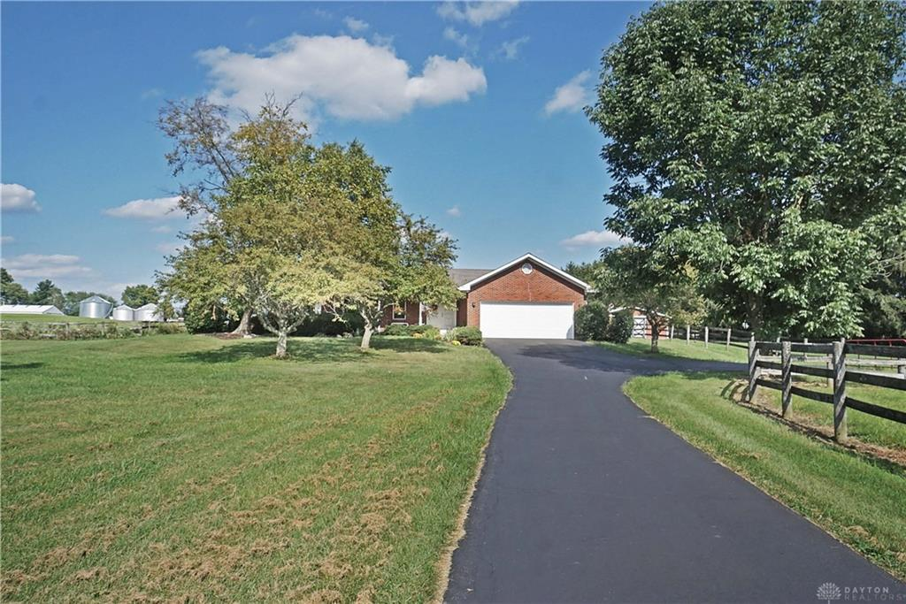 Photo of home for sale at 5454 O Neall Road, Wayne Twp OH