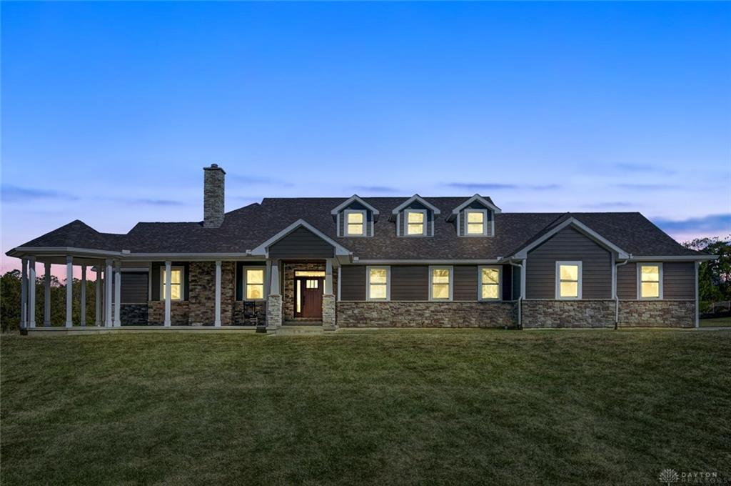 Photo of home for sale at 1792 Mitchell Road, Wilmington OH