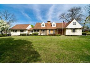 Property for sale at 601 Winding Way, Kettering,  Ohio 45419