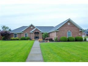 Property for sale at 7909 Court Ridge Lane, Fairborn,  Ohio 45324