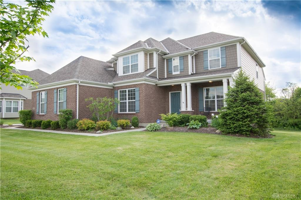 Photo of home for sale at 10031 Yearling Run, Dayton OH