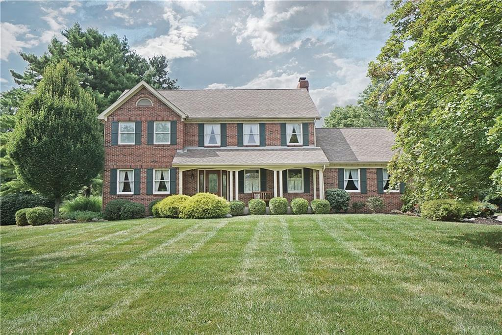 Photo of home for sale at 1017 Country Creek Drive, Lebanon OH