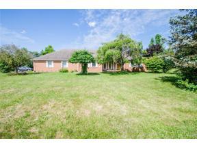 Property for sale at 2829 Walnut Grove Lane, Springfield,  Ohio 45504