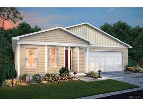 Property for sale at 40 Tarragon Way, New Lebanon,  Ohio 45345