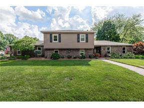 Property for sale at 815 Fernshire Drive, Centerville,  Ohio 45459