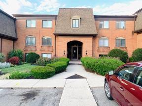 Property for sale at 1602 Thunderbird Lane Unit: 52, West Carrollton,  Ohio 45449