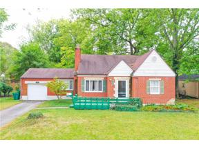Property for sale at 308 Earnshaw Drive, Kettering,  Ohio 45429