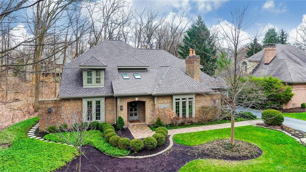 Photo of home for sale at 4531 Royal Ridge Way, Kettering OH