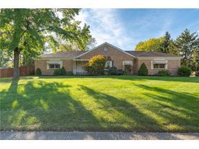 Property for sale at 302 Signalfire Drive, Washington Twp,  Ohio 45458