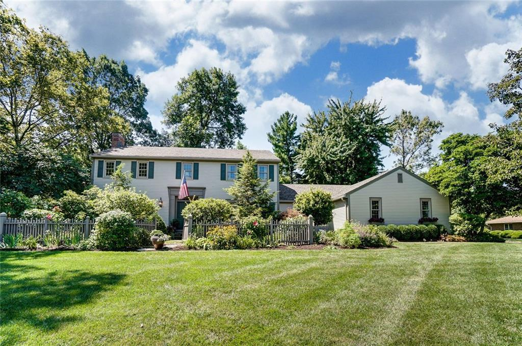 Photo of home for sale at 1216 Hidden Oaks Drive, Washington Twp OH