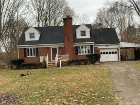 Property for sale at 132 Winnet Drive, Dayton,  Ohio 45415