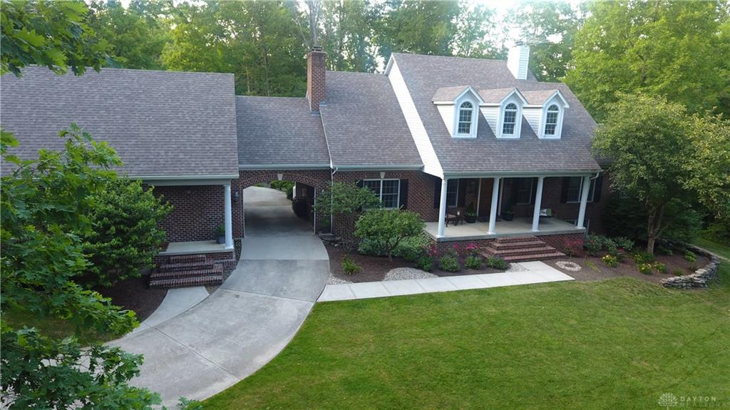 Photo of home for sale at 499 Liberty Keuter Road, Lebanon OH