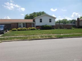 Property for sale at 804 Sunset Drive, Englewood,  Ohio 45322