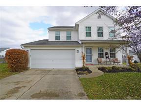 Property for sale at 12 Waterbury Drive, Springboro,  Ohio 45066