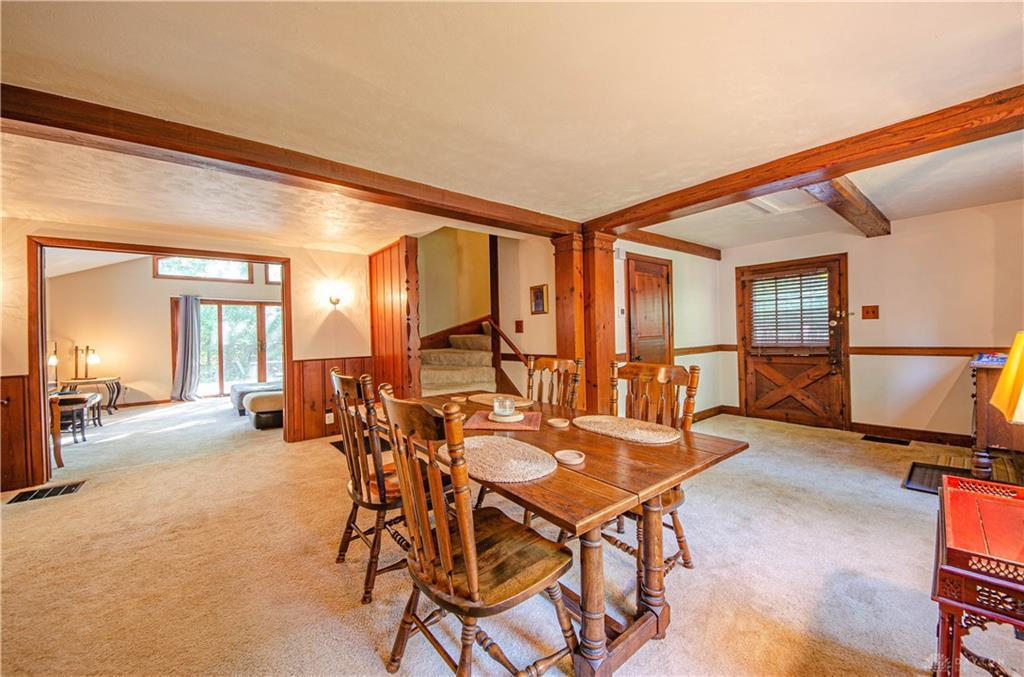 Photo of home for sale at 1575 Alexandersville Bellbrook Road, Washington Twp OH