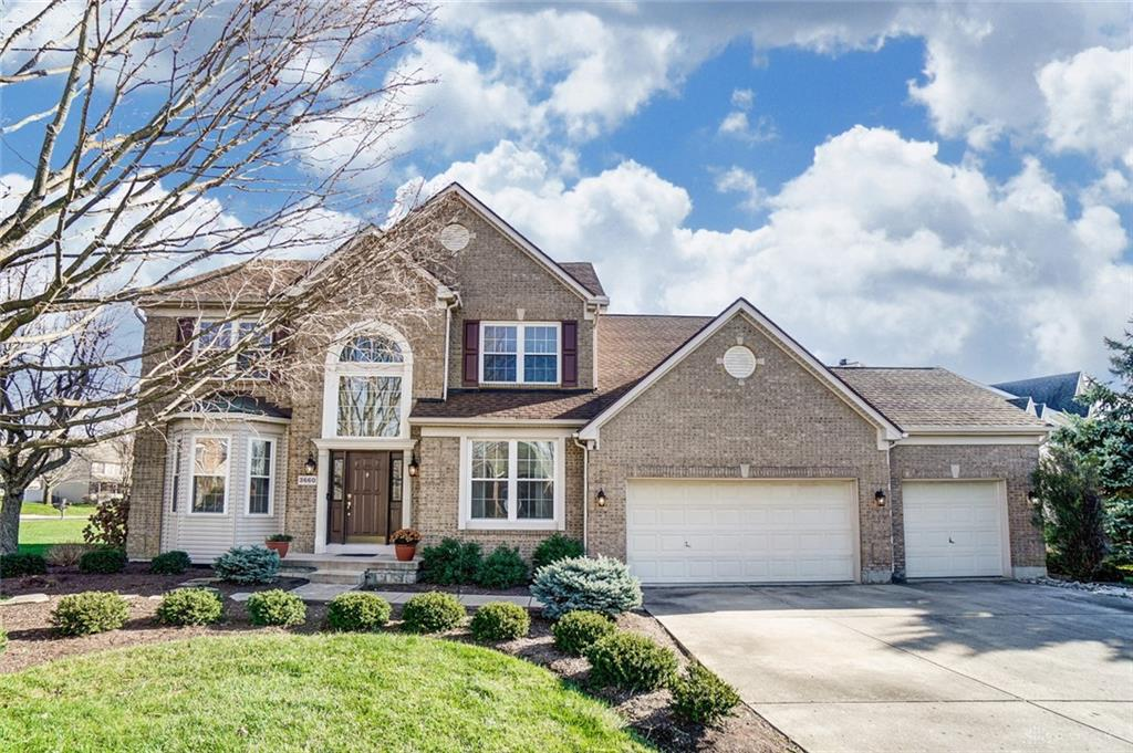 Photo of home for sale at 3660 Berrywood Drive, Dayton OH