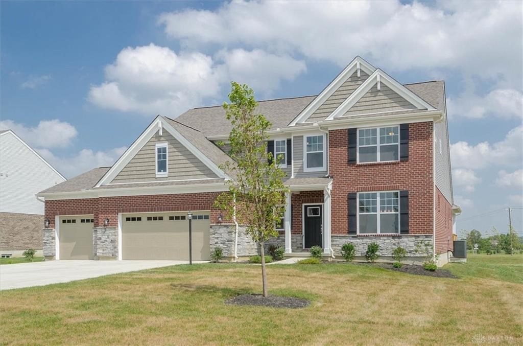 Photo of home for sale at 5954 Tilbury Trail, Liberty Twp OH