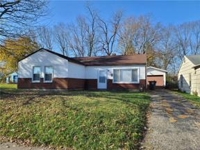 Property for sale at 649 Oakleaf Drive, Dayton,  Ohio 45417