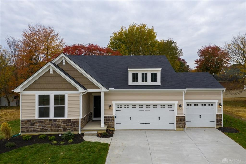 Photo of home for sale at 357 Shepherds Way, South Lebanon OH