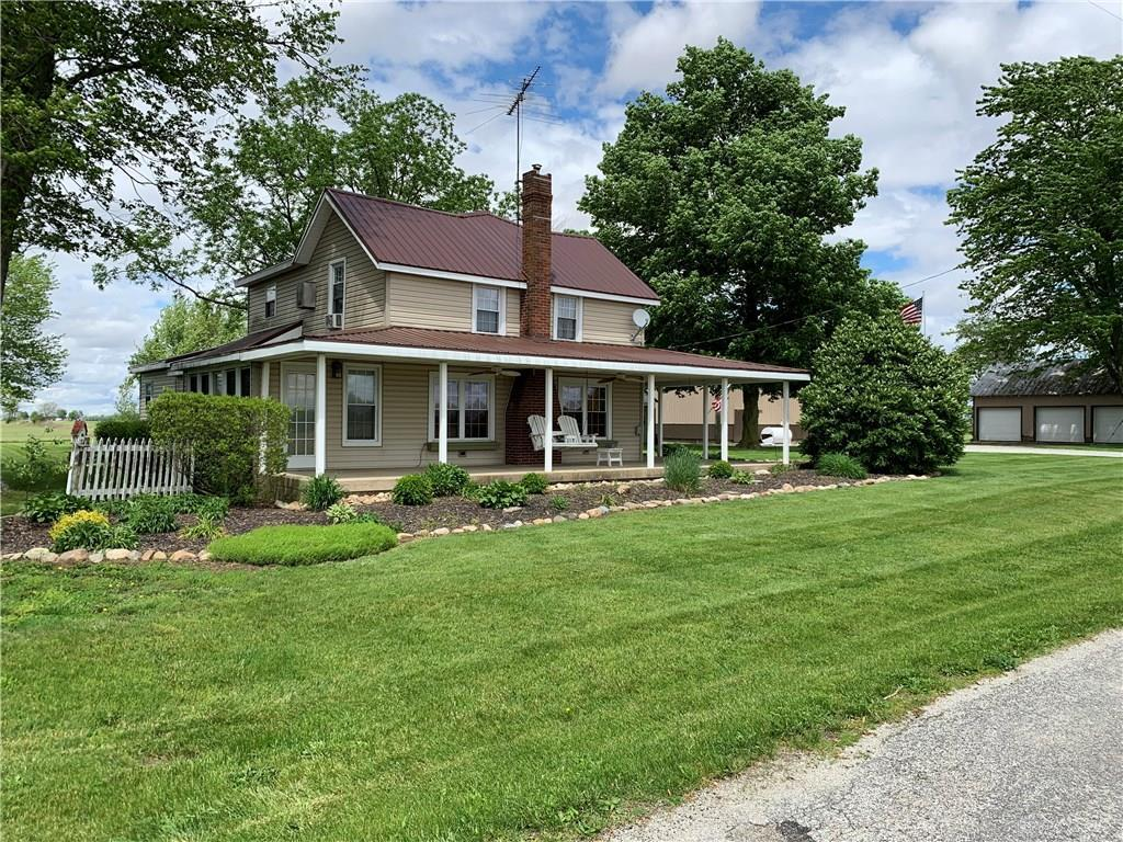 Photo of home for sale at 4275 Snodgrass Road, Piqua OH
