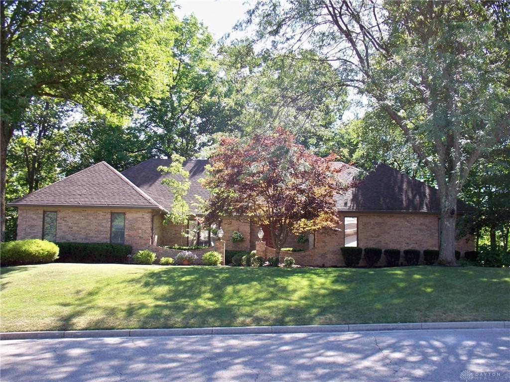 Photo of home for sale at 1440 Carolina Drive, Vandalia OH