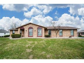 Property for sale at 521 Chipplegate Drive, Centerville,  Ohio 45459