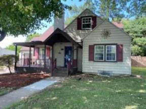 Property for sale at 21 Wayne Drive, Fairborn,  Ohio 45324