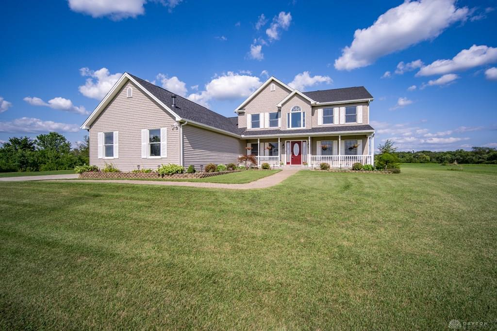 Photo of home for sale at 4104 Springboro Road, Clearcreek Twp OH