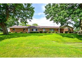 Property for sale at 95 King Tree Lane, Springfield Township,  Ohio 45506