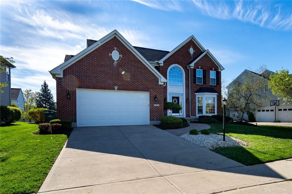 Photo of home for sale at 80 Janney Lane, Springboro OH