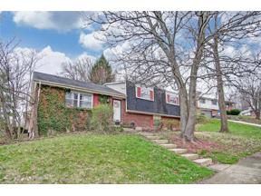 Property for sale at 632 Lincoln Green Drive, West Carrollton,  Ohio 45449