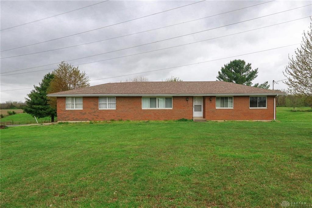 Photo of home for sale at 2841 State Route 123, Morrow OH