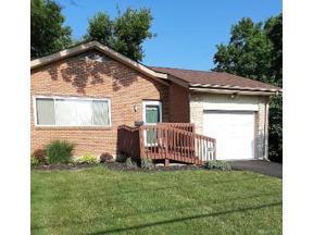 Property for sale at 529 Sandalwood Drive, Dayton,  Ohio 45405