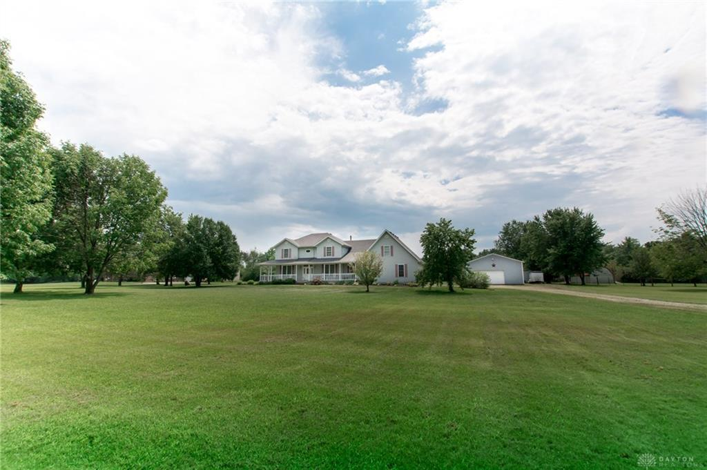 Photo of home for sale at 15950 State Route 725, Germantown OH