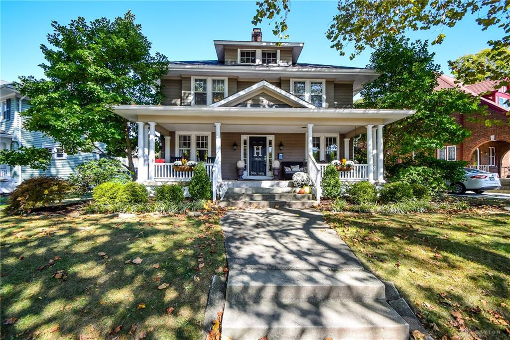 Photo of home for sale at 105 Forrer Boulevard, Oakwood OH