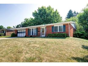 Property for sale at 311 Jillwood Drive, Englewood,  Ohio 45322