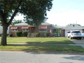 Property for sale at 9110 Memphis Villas Boulevard, Brooklyn,  Ohio 44144