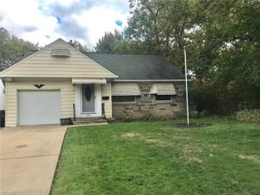 Property for sale at 1635 Brainard Road, Lyndhurst,  Ohio 44124