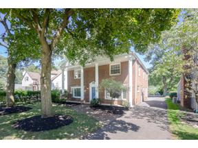 Property for sale at 1029 Homeland Drive, Rocky River,  Ohio 44116