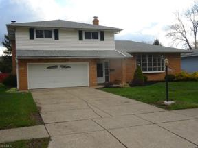 Property for sale at 6853 Greenbriar Drive, Parma Heights,  Ohio 44130