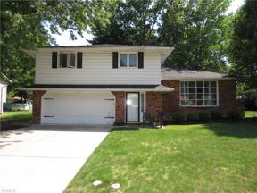 Property for sale at 870 E Decker Drive, Seven Hills,  Ohio 44131