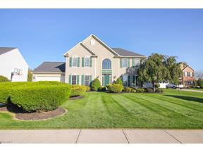 Property for sale at 2077 Longmeadow Drive, Brunswick,  Ohio 44212